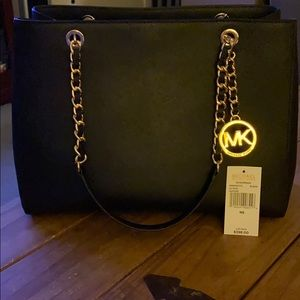Michael Kors Susannah Large Leather Tote